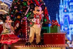 Enjoy Holiday Magic Around the Walt Disney World Resort in 2019. 111
