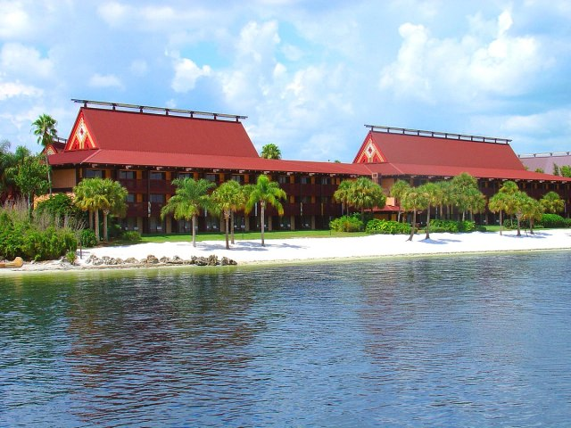 Top 3 Disney World Deluxe Resorts (And Why They're The Best!) 1