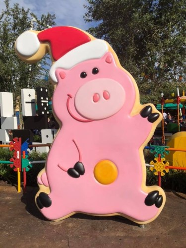 Why You Should Go To Disney During The Christmas Season 10
