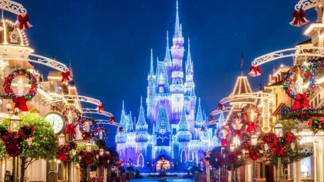 The Holiday Season Returns to Walt Disney World this November 1