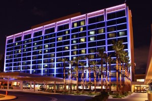 5 Reasons to Stay at the Disneyland Hotel 102