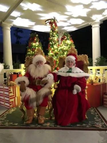 Reasons Why You Should Visit the Holiday Storytellers at Epcot 4
