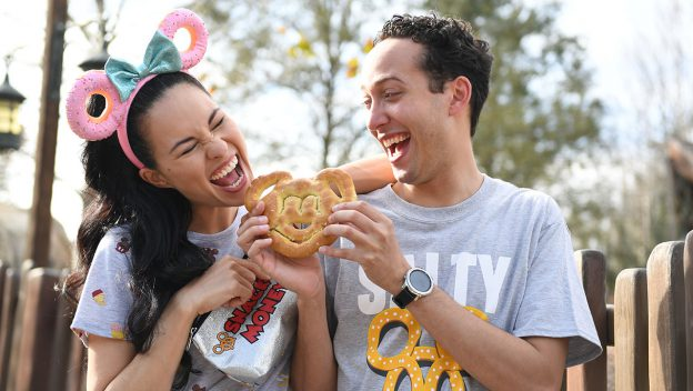 10 Snacks You Won't Want to Miss at Disney World