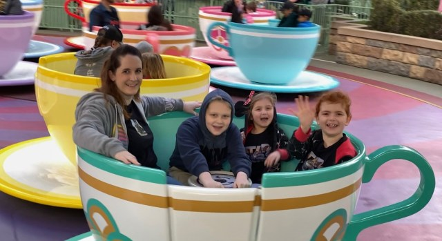 10 Disneyland Rides we Wish had On-Ride Photos 5