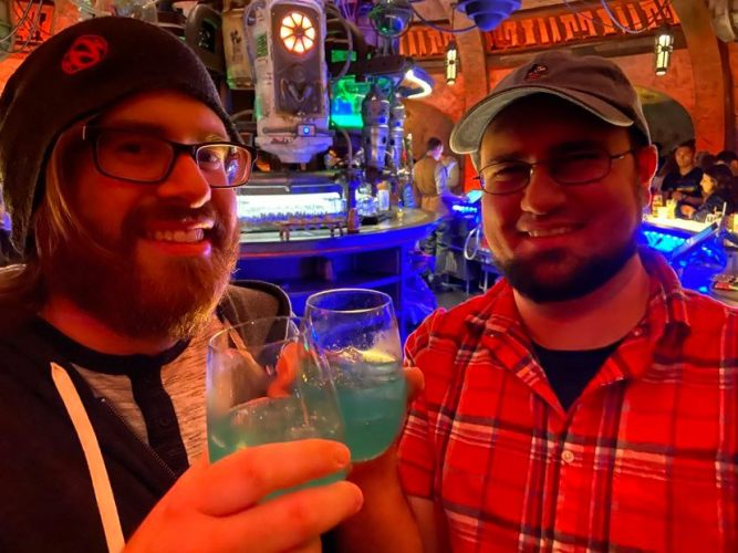 5 Delicious Disney Star Wars Oga's Cantina Drinks You Can Make At Home 2