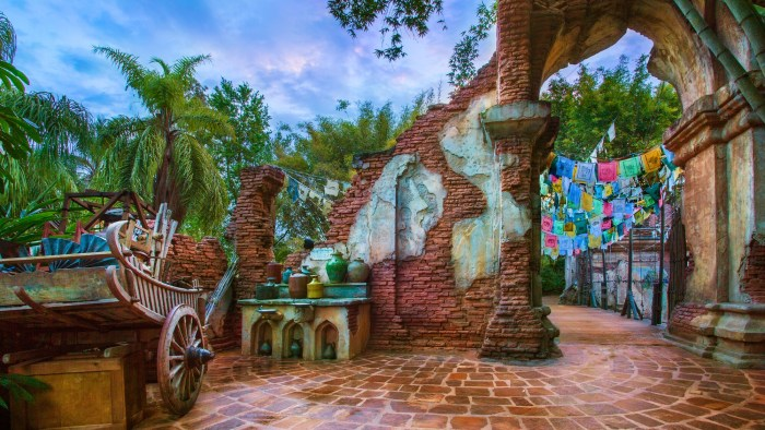 The Best Places To Go For A Stroll Around Disney World 2