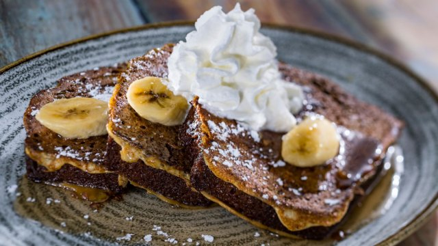 Guide to Tasty Easter Eats and Treats at Disney Parks 13