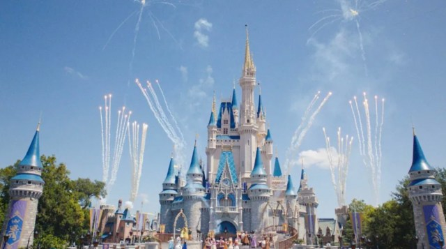 The Magical Makeovers of Magic Kingdom's Cinderella Castle 1