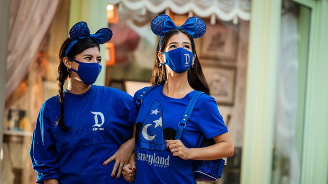 Tips for Visiting Disneyland Kid-Free! 1