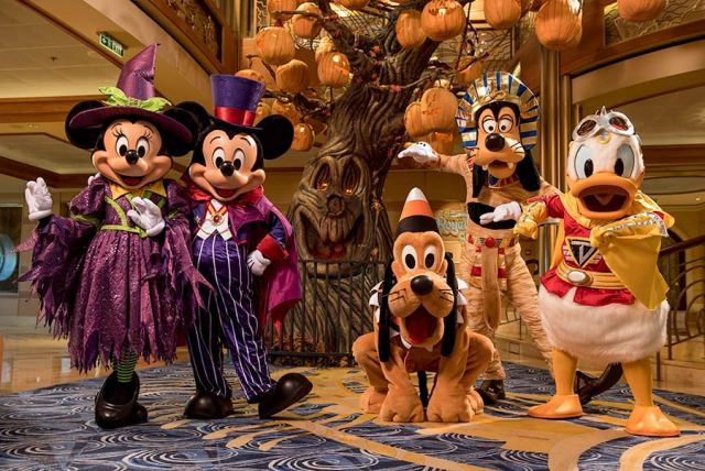 Holiday Cruises are Returning to Disney Cruise Line in 2022 2
