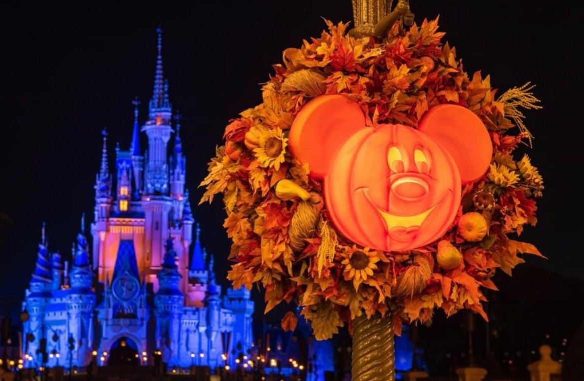 Why I Love Visiting Disney World During Spooky Season