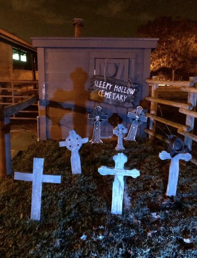 Disney Halloween: The Legend of Sleepy Hollow 3