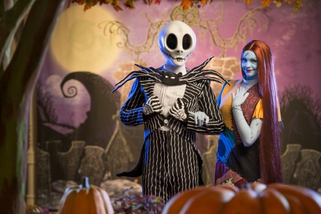 Mickeys Not-So-Scary Halloween Party 101 - Jack Skellington and Sally