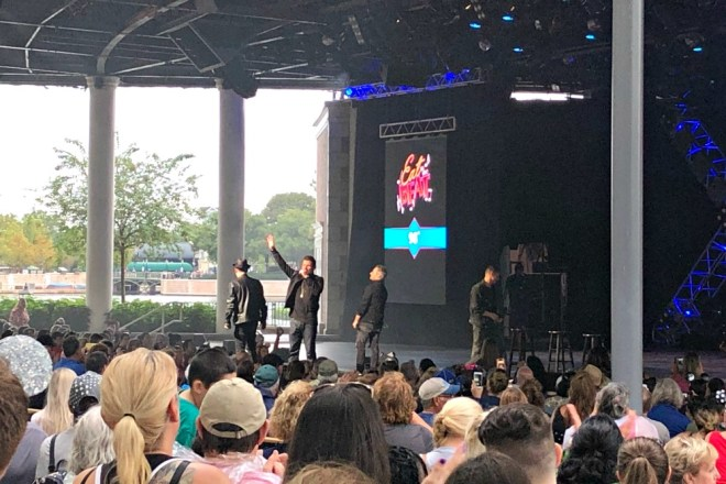Epcot Food and Wine Eat to the Beat Concert 98 Degrees