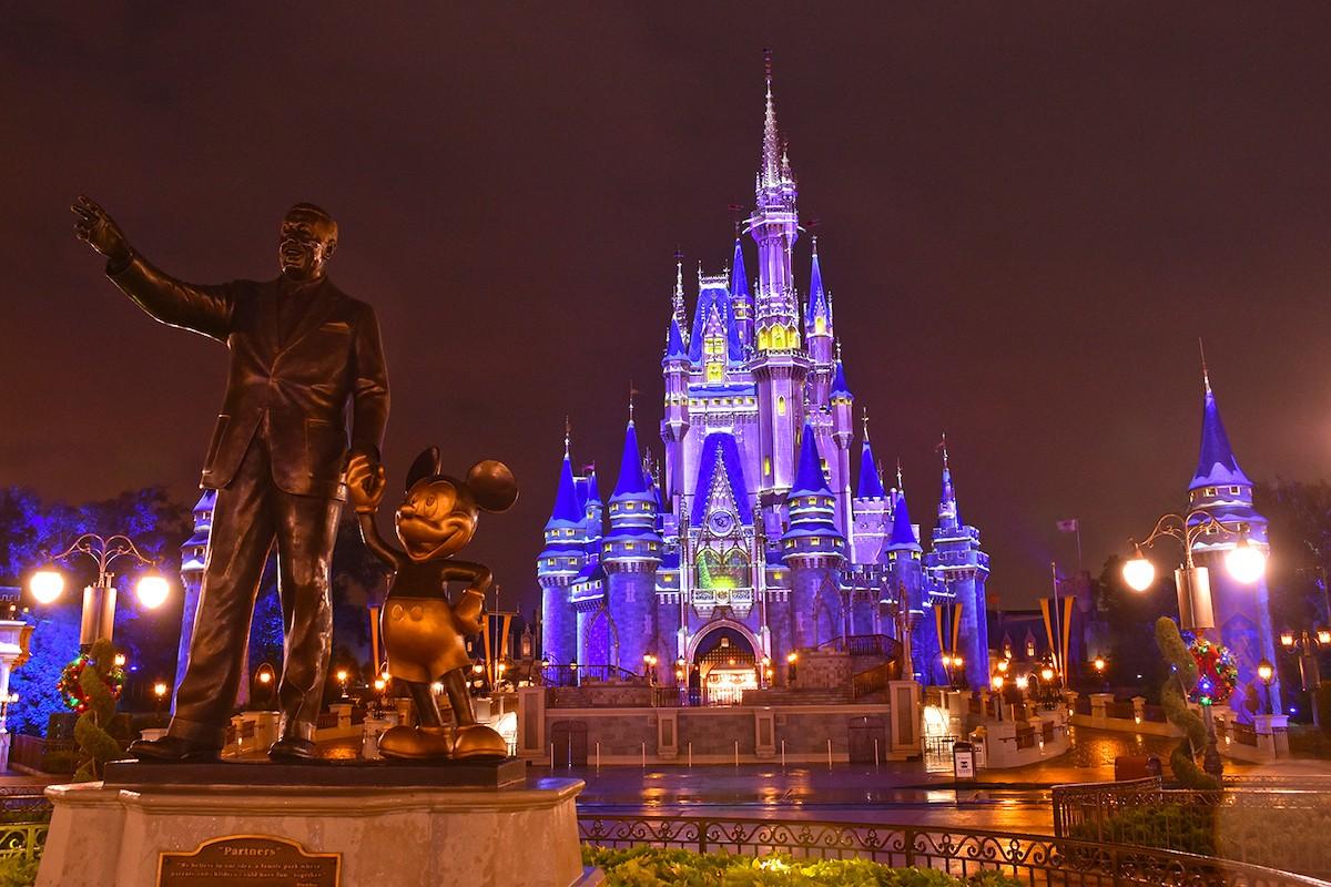 DisneyDiary.com - cover
