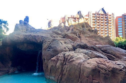 Aulani Pool - Waterfall