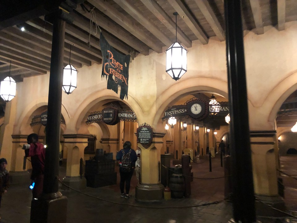 Pirates of the Caribbean - attraction queue