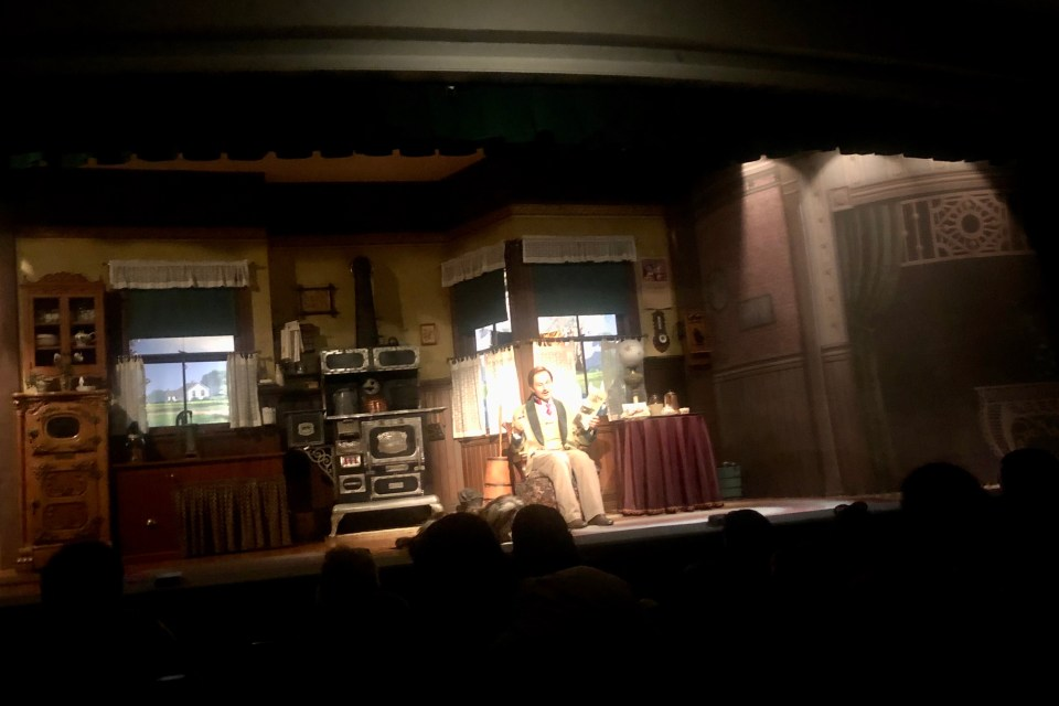 Carousel of Progress - Live in an Attraction