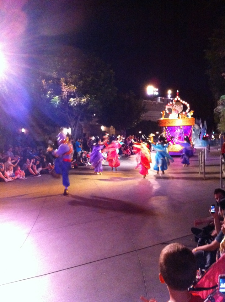 Mickeys Soundsational Parade Disneyland Soundsational Annual Passholder Night