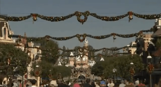 Main Street Usa Christmas Wreaths