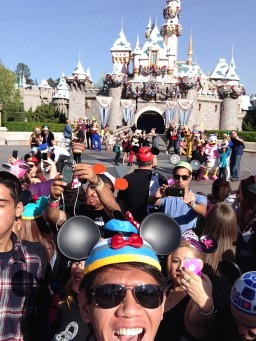 Disneyland Disney Side Social Media All Stars World Premiere Event Selfie Jordan Poblete Disneyexaminer Sleeping Beauty Winter Castle