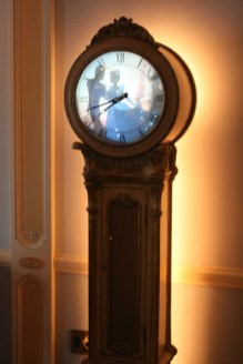 Disneyland Dream Suite Exclusive Tour Disneyexaminer Grandfather Clock