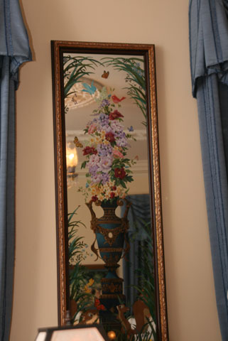 Disneyland Dream Suite Exclusive Tour Disneyexaminer Painted Glass Mirror