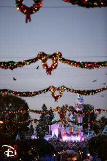 Disneyland Resort Holidays Press Event 2013 Main Street Usa Decorations