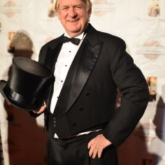 2014 Annie Awards Red Carpet Bill Farmer Voice Of Disney Goofy