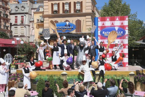 Disneyland Paris La Place De Remy Ratatouille Area Dedication Ceremony Bob Iger Tom Staggs