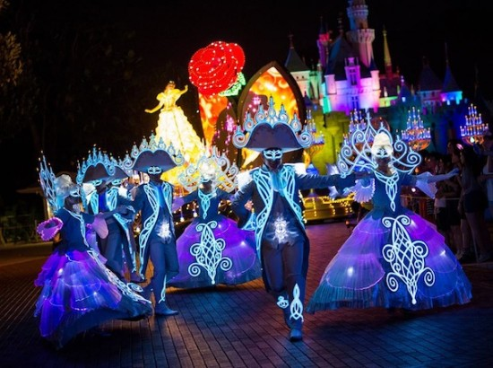 Disney Paint The Night Parade Hong Kong Disneyland Overview