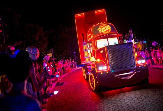 Disney Paint The Night Parade Hong Kong Disneyland Pixar Cars