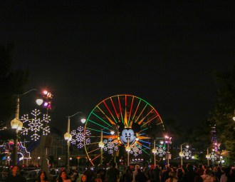 Holiday Snowflake Lights Disney California Adventure