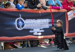 Rundisney Star Wars Half Marathon Weekend Disneyland Kids Races