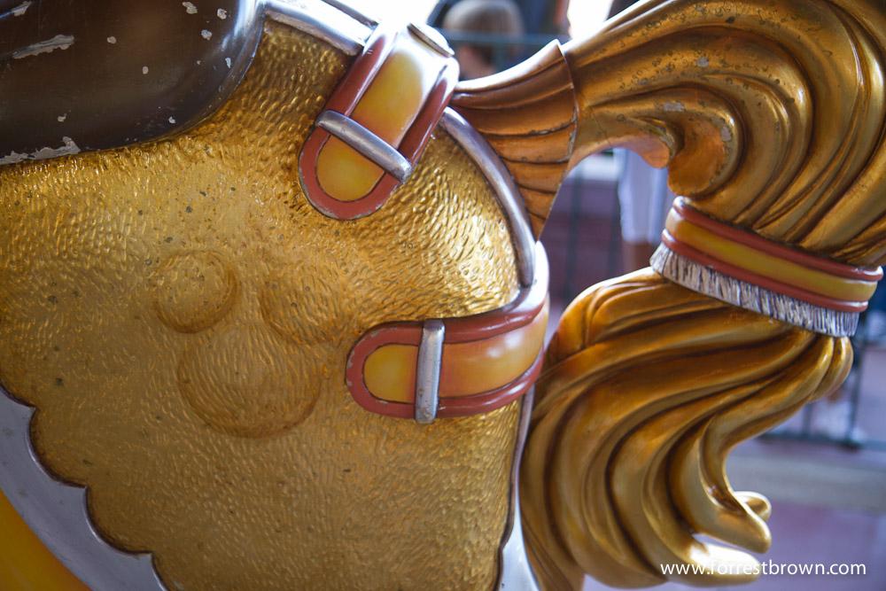 10 things to do in line at Disneyland | DisneyExaminer