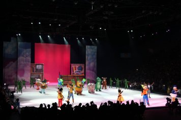 Disney On Ice Presents Worlds Of Fantasy 1