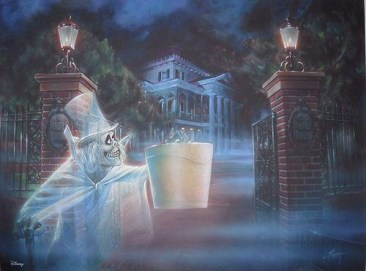 Hatbox Ghost Outside Haunted Mansion