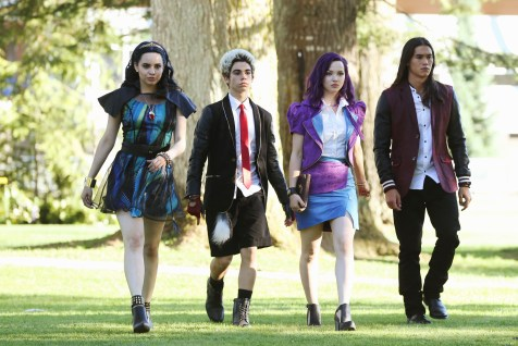 Disney Channel Descendants Review Disneyexaminer 9