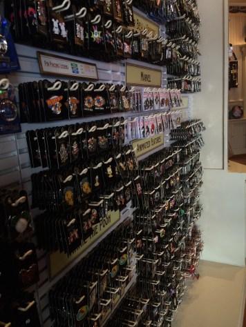 Disneyland Beginner Pin Traders Guide Disneyexaminer Main Street Music Shop 2