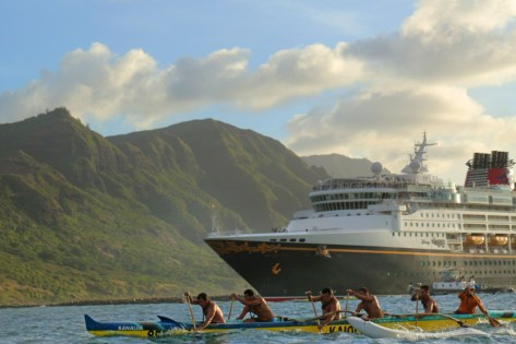 As part of Disney Cruise Line 2015 fall itineraries, the Disney Wonder will sail to Kiwiliwili on the pristine, mountainous island of Kauai, Hawaii. (David Murphey, photographer)