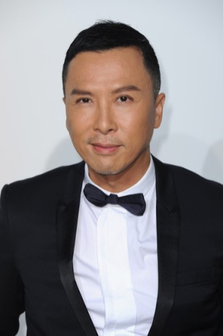 http://www.zimbio.com/photos/Donnie+Yen/Celebs+Dior+Cruise+Collection+Part+2/ph8m4myMhk7
