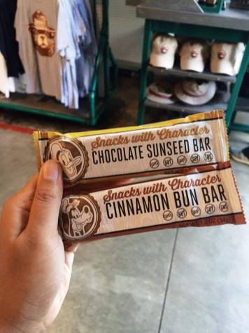 Disney Parks And Resorts Gluten Free Nacks With Character 7