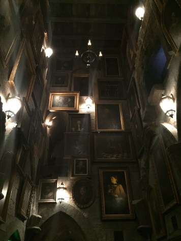 Harry Potter Wizarding World Hollywood Immersive Experience Feature Hogwarts Portrait Hall