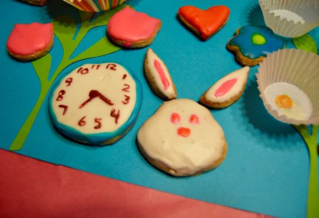 Alice Through The Looking Glass Cookies DisneyExaminer 3