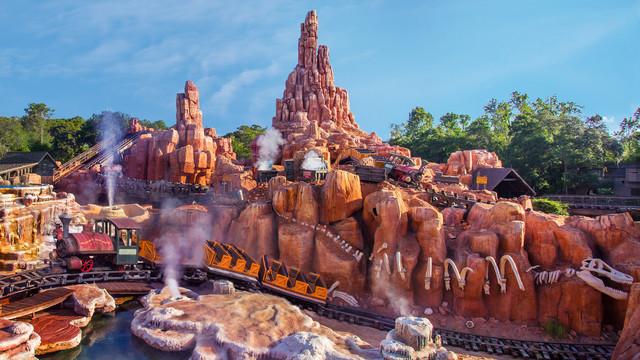 https://disneyworld.disney.go.com/attractions/magic-kingdom/big-thunder-mountain-railroad/