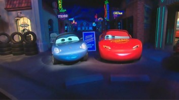 Audio Animatronic Cars Lightning McQueen Sally Carrera Radiator Springs