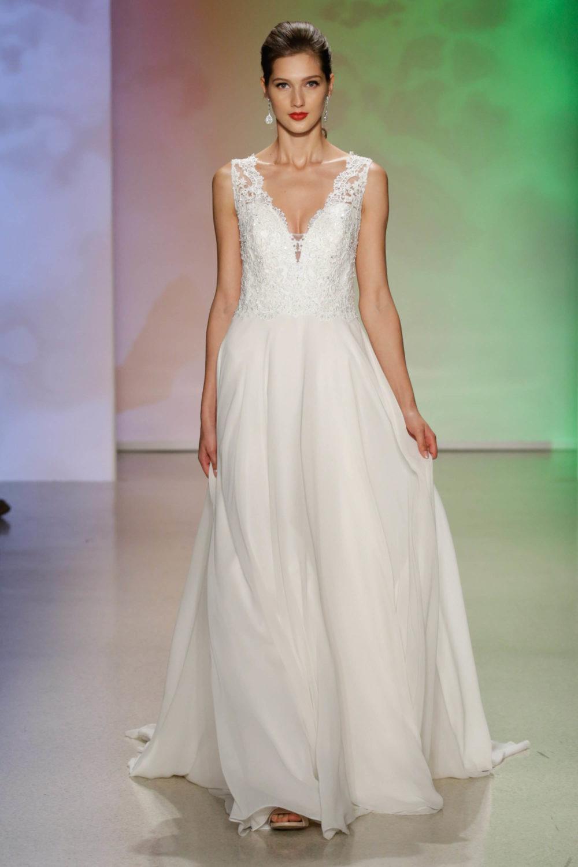 Aurora Sleeping Beauty Wedding Dress Alfred Angelo Spring 2017 Bridal Show With Disney Weddings