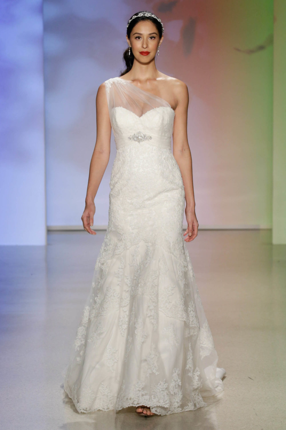 Pocahontas Wedding Dress Alfred Angelo Spring 2017 Bridal Show With ...