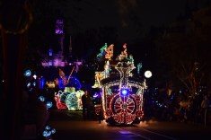 Main Street Electrical Parade Disneyland Premiere 2017 2