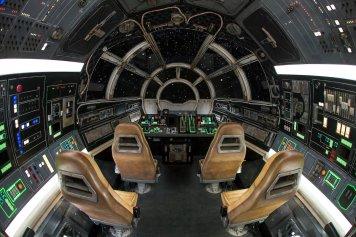 Star Wars: Galaxy's Edge - Millennium Falcon: Smugglers Run